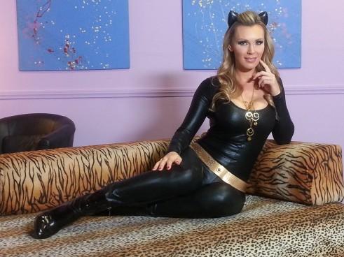 tanya-tate-catwoman